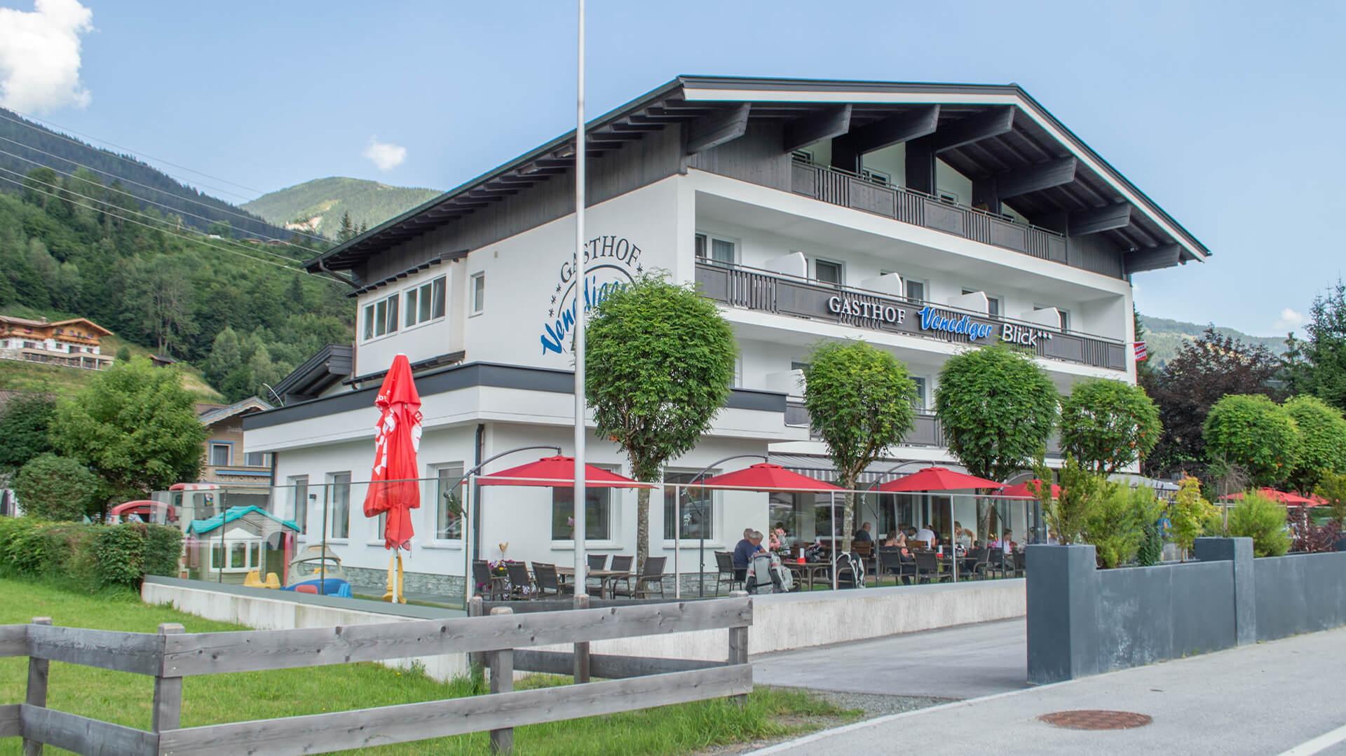 Gasthof-Venedigerbllick-Neukirchen-Hotel-Restaurant-Appartements